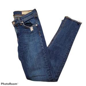 Rag & Bone mid rise skinny jean size 26